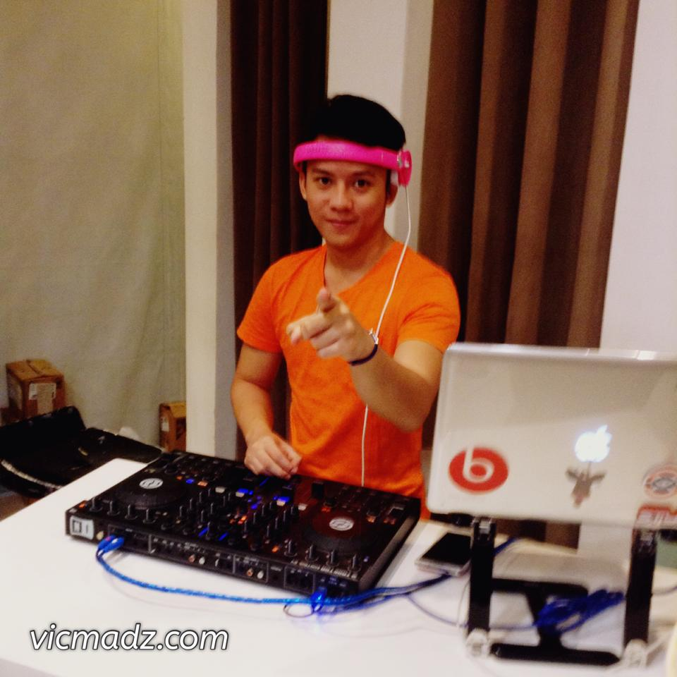 DJ RB Banaag - Make Your Own Havaianas 2014 - CDO
