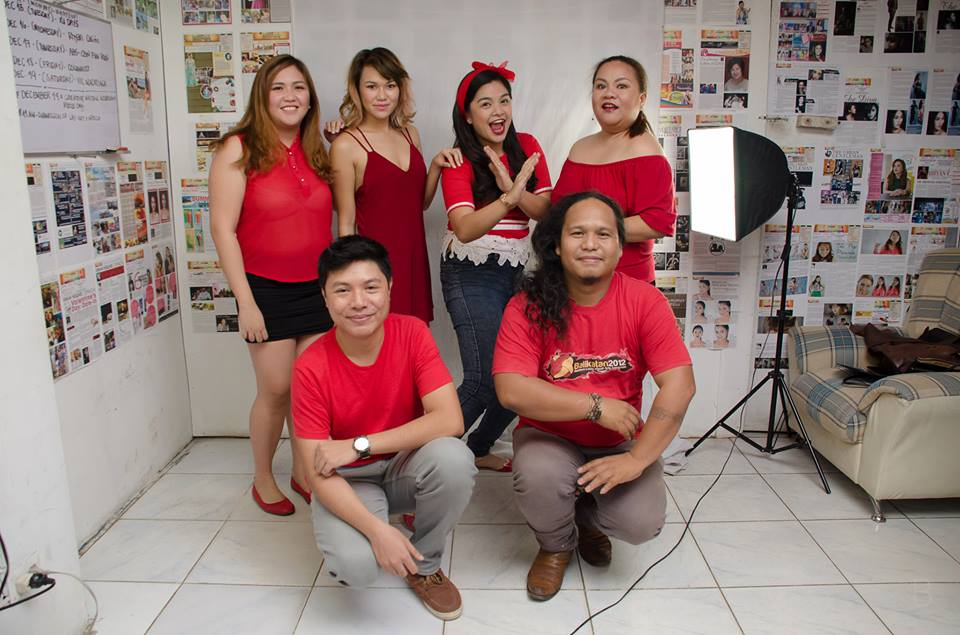 with the UrbanLife Columnists, photo from Bo Daclan
